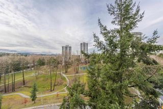 """Photo 7: 1105 9603 MANCHESTER Drive in Burnaby: Cariboo Condo for sale in """"STRATHMORE TOWERS"""" (Burnaby North)  : MLS®# R2228642"""