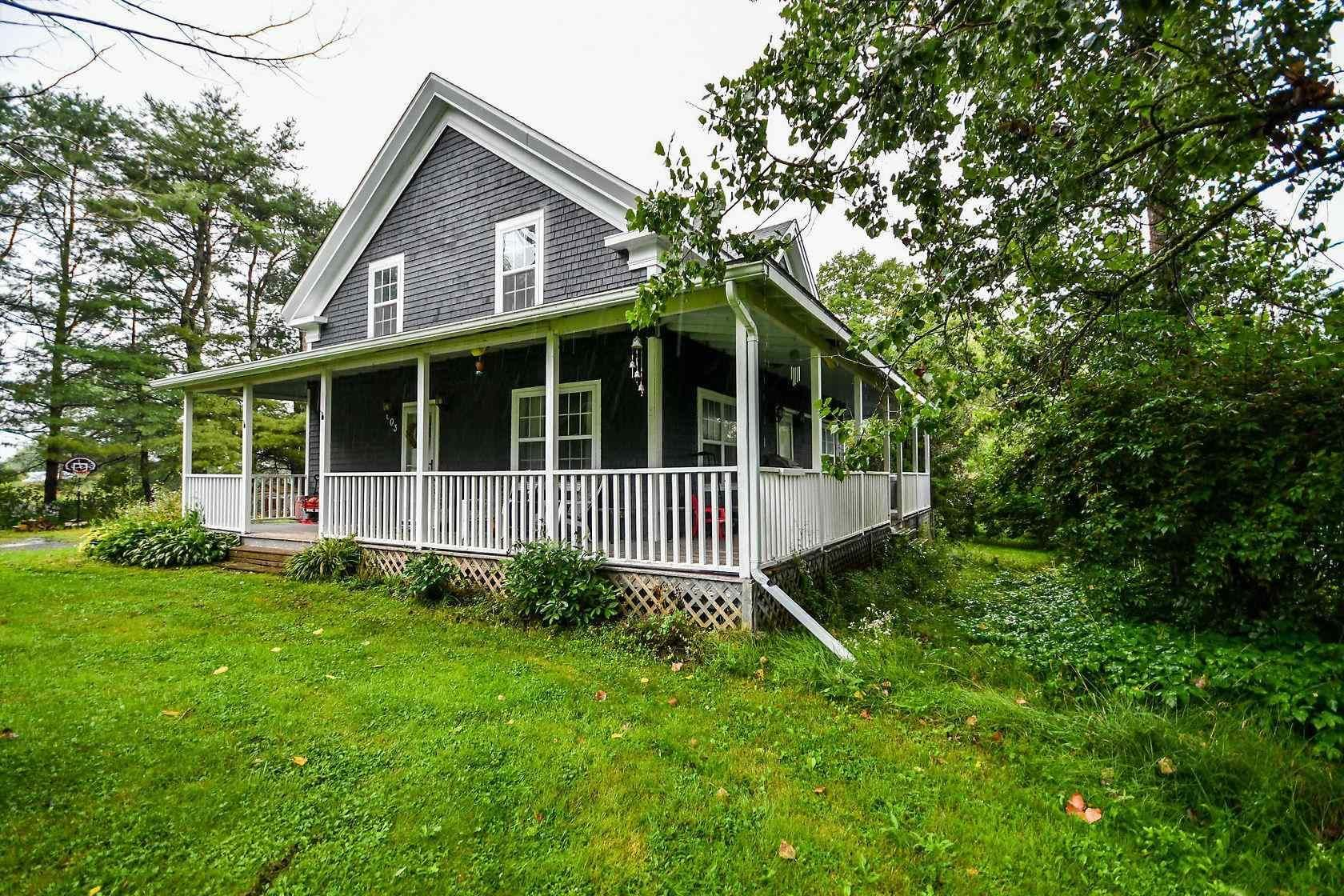 Main Photo: 603 Ashdale Road in Ashdale: 403-Hants County Residential for sale (Annapolis Valley)  : MLS®# 202121681