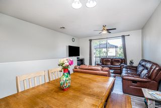 Photo 2: CHULA VISTA Townhouse for sale : 4 bedrooms : 2181 caminito Norina #132