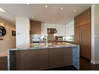 """Photo 11: 3302 2077 ROSSER Avenue in Burnaby: Brentwood Park Condo for sale in """"VANTAGE"""" (Burnaby North)  : MLS®# V1084856"""