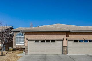 Photo 1: 86 Shannon Estates Terrace SW in Calgary: Shawnessy Row/Townhouse for sale : MLS®# A1083753