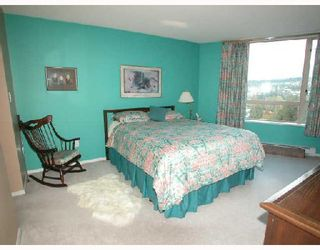 """Photo 3: 1501 1199 EASTWOOD Street in Coquitlam: North Coquitlam Condo for sale in """"THE SELKIRK"""" : MLS®# V672556"""