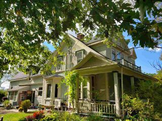 FEATURED LISTING: 693/695 St. George Street Annapolis Royal