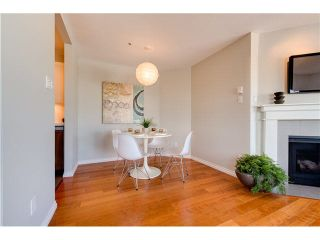 "Photo 7: PH22 2175 W 3RD Avenue in Vancouver: Kitsilano Condo for sale in ""SEA BREEZE"" (Vancouver West)  : MLS®# V1140855"
