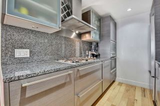 """Photo 3: 2106 1111 ALBERNI Street in Vancouver: West End VW Condo for sale in """"SHANGRI-LA"""" (Vancouver West)  : MLS®# R2614288"""