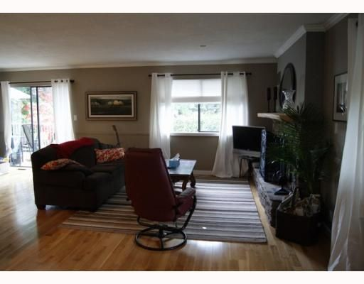 """Photo 4: Photos: 1339 STEEPLE Drive in Coquitlam: Upper Eagle Ridge House for sale in """"UPPER EAGLE RIDGE"""" : MLS®# V797002"""