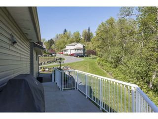 """Photo 38: 127 8590 SUNRISE Drive in Chilliwack: Chilliwack Mountain Townhouse for sale in """"Maple Hills"""" : MLS®# R2571129"""