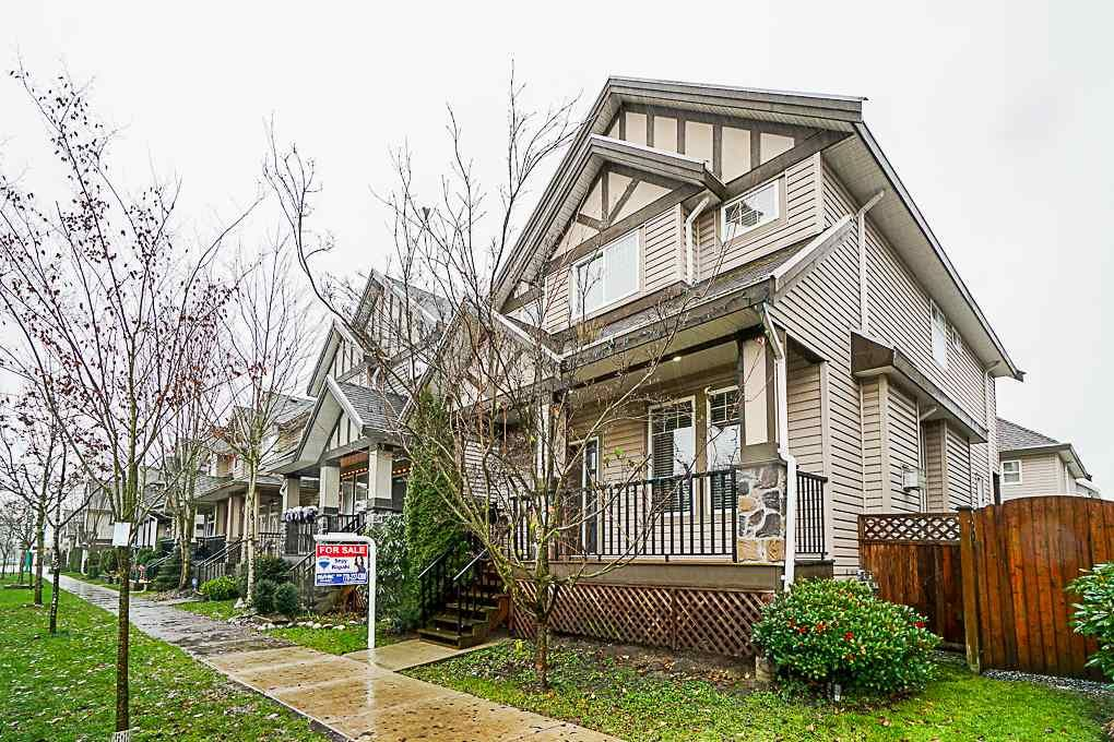 Main Photo: 19150 70 Avenue in Surrey: Clayton House for sale (Cloverdale)  : MLS®# R2327538