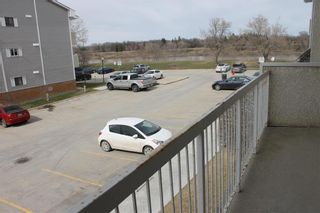 Photo 2: 4206 120 Plaza Drive in Winnipeg: Fort Garry Condominium for sale (1J)  : MLS®# 202109601