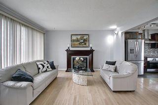 Photo 4: 5760 Maidstone Crescent NE in Calgary: Marlborough Park Detached for sale : MLS®# A1107556