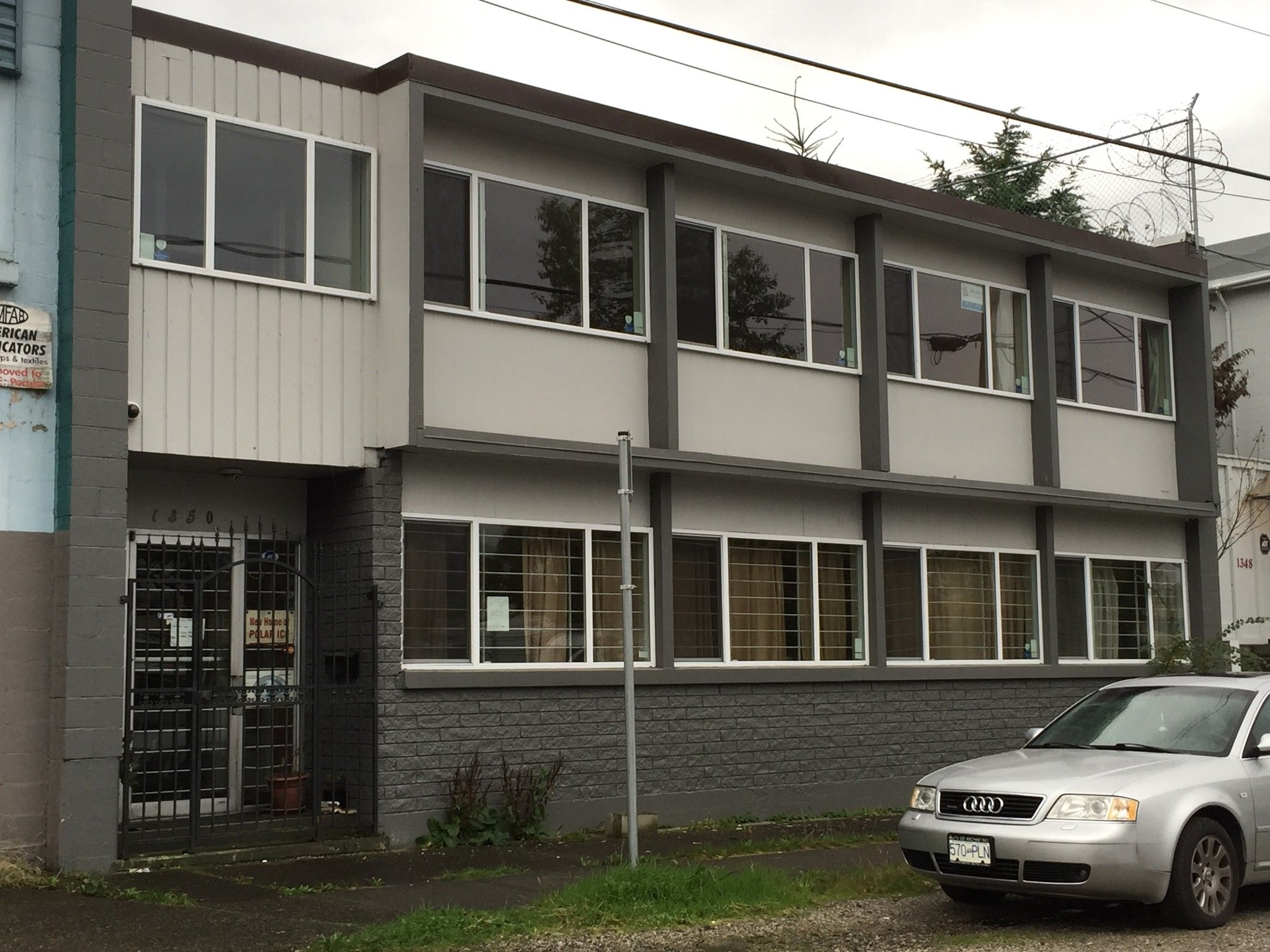Main Photo: 1350 Georgia Street in Vancouver: Industrial for sale (Vancouver East)
