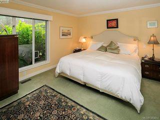 Photo 15: 122 2345 Cedar Hill Cross Rd in VICTORIA: OB Henderson Row/Townhouse for sale (Oak Bay)  : MLS®# 771080
