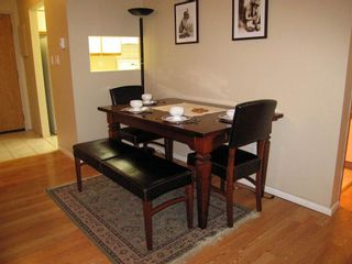 Photo 3: 205 1450 7TH AVENUE in Vancouver East: Home for sale : MLS®# R2073387