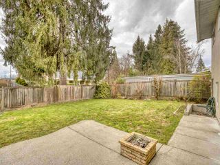 """Photo 5: 2327 CLARKE Drive in Abbotsford: Central Abbotsford House for sale in """"Historic Downtown Infill Area"""" : MLS®# R2556801"""