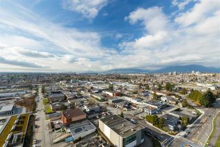 Photo 13: 2407 1788 GILMORE Avenue in Burnaby: Brentwood Park Condo for sale (Burnaby North)  : MLS®# R2434202