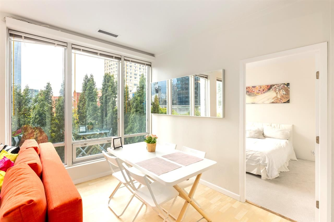 Main Photo: 306 989 NELSON Street in Vancouver: Downtown VW Condo for sale (Vancouver West)  : MLS®# R2406226