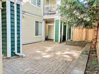 """Photo 2: 38 123 SEVENTH Street in New Westminster: Uptown NW Townhouse for sale in """"Royal City Terrace"""" : MLS®# R2193471"""