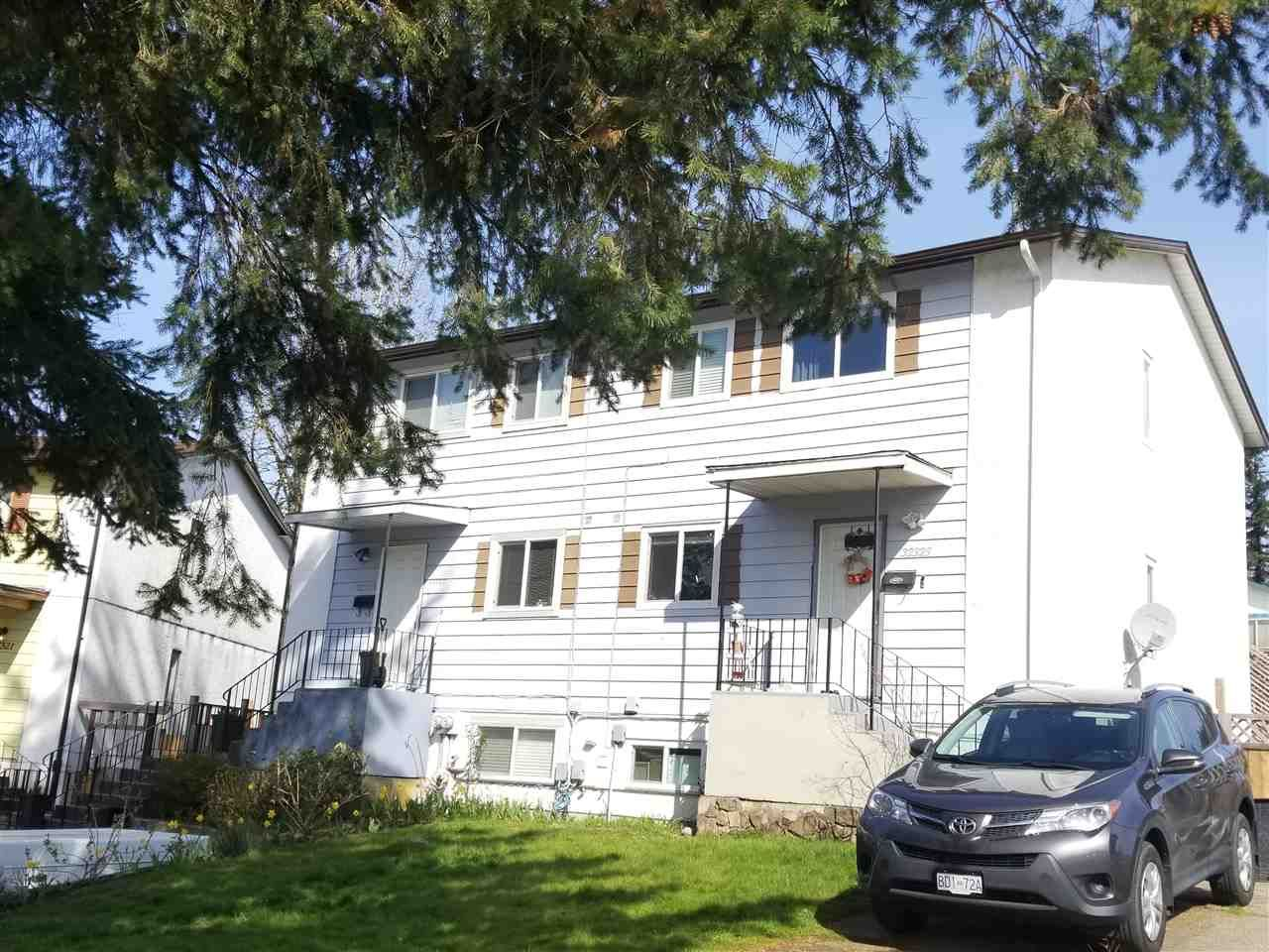Photo 1: Photos: 32325 BRANT Avenue in Mission: Mission BC 1/2 Duplex for sale : MLS®# R2563803