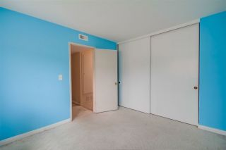 Photo 20: CLAIREMONT Townhouse for sale : 3 bedrooms : 5528 Caminito Katerina in San Diego