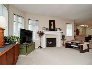 "Photo 5: 306 1225 MERKLIN Street: White Rock Condo for sale in ""ENGLESEA MANOR 11"" (South Surrey White Rock)  : MLS®# R2432789"