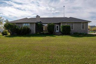 Photo 1: 9 Sunrise Bay in St Andrews: R13 Residential for sale : MLS®# 202124099