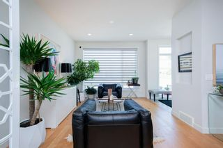 Photo 4: 5404 21 Street SW in Calgary: North Glenmore Park Row/Townhouse for sale : MLS®# A1127304
