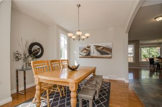 Photo 2: 152 STRATHLEA Place SW in Calgary: Strathcona Park House for sale : MLS®# C4130863