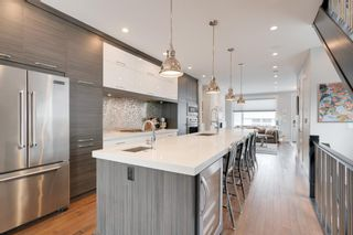 Photo 8: 522 37 Street SW in Calgary: Spruce Cliff Detached for sale : MLS®# A1069678