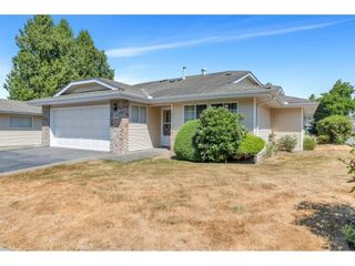 """Photo 1: 19 5051 203 Street in Langley: Langley City Townhouse for sale in """"MEADOWBROOK ESTATES"""" : MLS®# R2606036"""