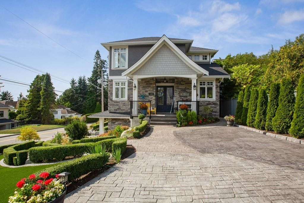 Main Photo: 1309 129A Street in White Rock: Crescent Bch Ocean Pk. House for sale (South Surrey White Rock)  : MLS®# R2616345
