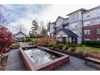 "Photo 2: 109 2167 152 Street in Surrey: Sunnyside Park Surrey Condo for sale in ""Muirfield Gardens"" (South Surrey White Rock)  : MLS®# R2222684"