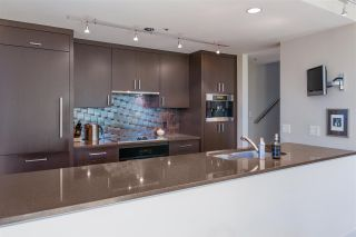 """Photo 5: PH3 555 JERVIS Street in Vancouver: Coal Harbour Condo for sale in """"HARBOURSIDE PARK II"""" (Vancouver West)  : MLS®# R2578170"""
