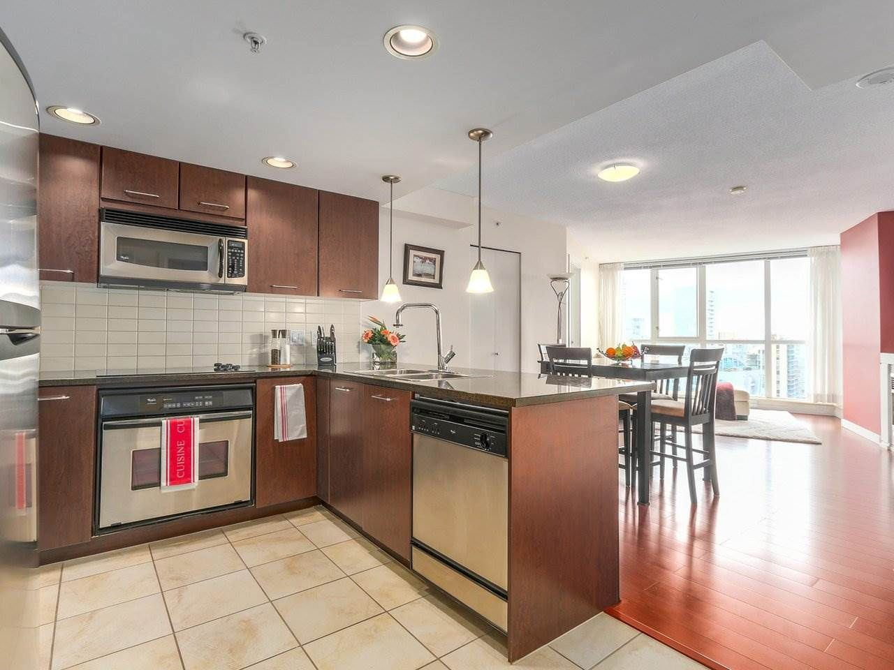 """Main Photo: 3107 1199 SEYMOUR Street in Vancouver: Downtown VW Condo for sale in """"THE BRAVA"""" (Vancouver West)  : MLS®# R2305420"""