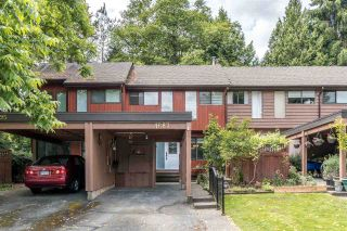 """Photo 2: 4687 GARDEN GROVE Drive in Burnaby: Greentree Village Townhouse for sale in """"Greentree Village"""" (Burnaby South)  : MLS®# R2589721"""