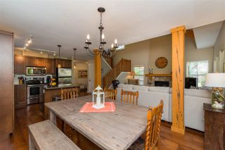 """Photo 15: 43585 FROGS Hollow in Cultus Lake: Lindell Beach House for sale in """"THE COTTAGES AT CULTUS LAKE"""" : MLS®# R2372412"""