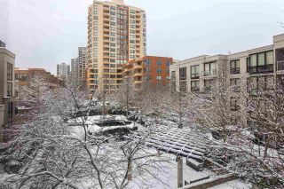Photo 18: 1603 3663 CROWLEY DRIVE in Vancouver: Collingwood VE Condo for sale (Vancouver East)  : MLS®# R2137252