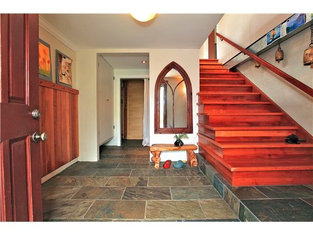 Photo 2: Photos: 2550 SECHELT Drive in North Vancouver: Blueridge NV House for sale : MLS®# V965349