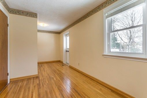 Photo 17: Photos: 56 Torian Avenue in Whitby: Brooklin House (Bungalow) for sale : MLS®# E3456917