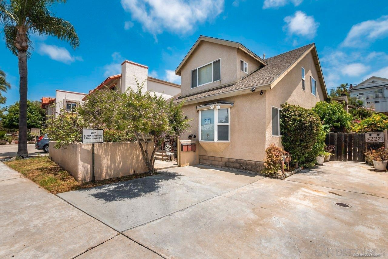 Main Photo: UNIVERSITY HEIGHTS Property for sale: 4225-4227 Cleveland Ave in San Diego