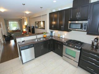Photo 4: 3 2979 156TH Street in Surrey: Grandview Surrey Condo for sale (South Surrey White Rock)  : MLS®# F1304497