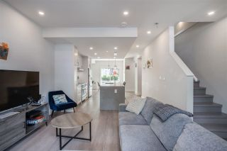 """Photo 4: 2 115 W QUEENS Road in North Vancouver: Upper Lonsdale Townhouse for sale in """"Queen's Landing"""" : MLS®# R2613989"""