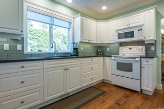 Photo 15: 689 moralee Dr in : CV Comox (Town of) House for sale (Comox Valley)  : MLS®# 858897