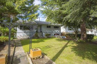 Photo 1: 10485 155A Street in Surrey: Guildford House for sale (North Surrey)  : MLS®# R2554647