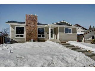 Main Photo: 300 BRACEWOOD Road SW in Calgary: Braeside House for sale : MLS®# C4107454
