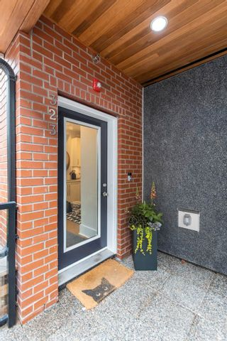 """Photo 27: 323 E 7TH Avenue in Vancouver: Mount Pleasant VE Townhouse for sale in """"ESSENCE"""" (Vancouver East)  : MLS®# R2614906"""