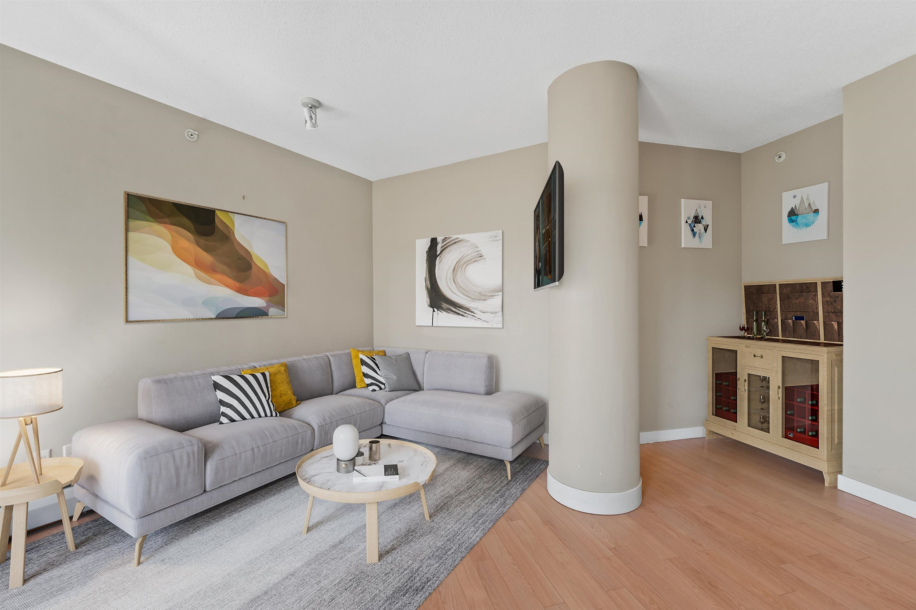 Main Photo: 806 58 KEEFER PLACE in Vancouver: Downtown VW Condo for sale (Vancouver West)  : MLS®# R2609426