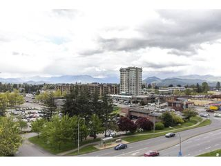 """Photo 18: 803 32330 S FRASER Way in Abbotsford: Abbotsford West Condo for sale in """"Town Centre Tower"""" : MLS®# R2163244"""