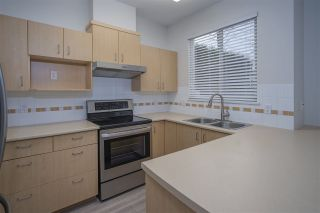 """Photo 5: 18 6465 184A Street in Surrey: Clayton Townhouse for sale in """"ROSEBURY LANE"""" (Cloverdale)  : MLS®# R2533257"""