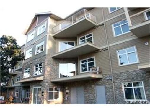 Main Photo:  in VICTORIA: La Langford Proper Condo for sale (Langford)  : MLS®# 398958