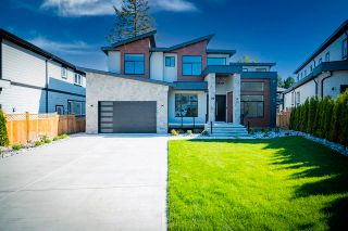 Photo 1: 20568 71 Avenue in Langley: Willoughby Heights House for sale : MLS®# R2607832